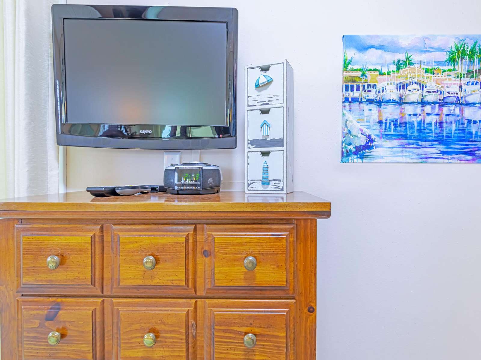 3 of 3 cable TV's!