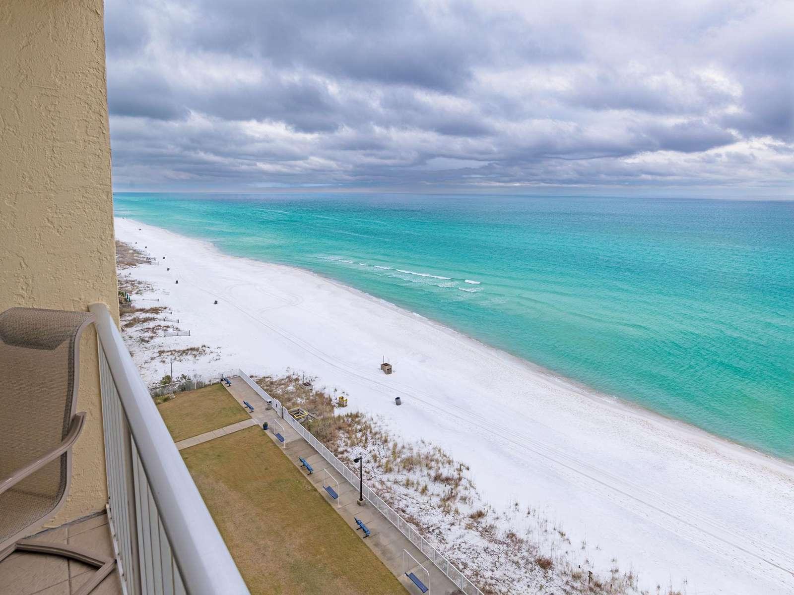 Unforgettable 10th floor beach views!
