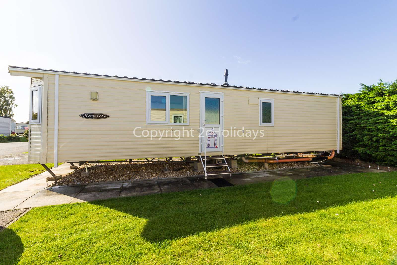Lovely mobile home with beautiful furnishes. - property