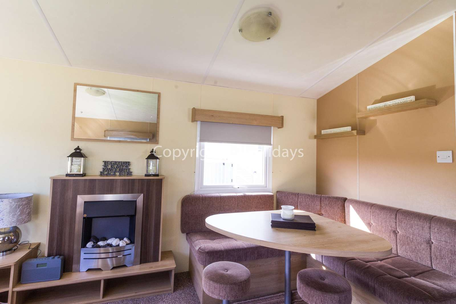 Perfect place to dine with family or friends in this self-catering accommodation