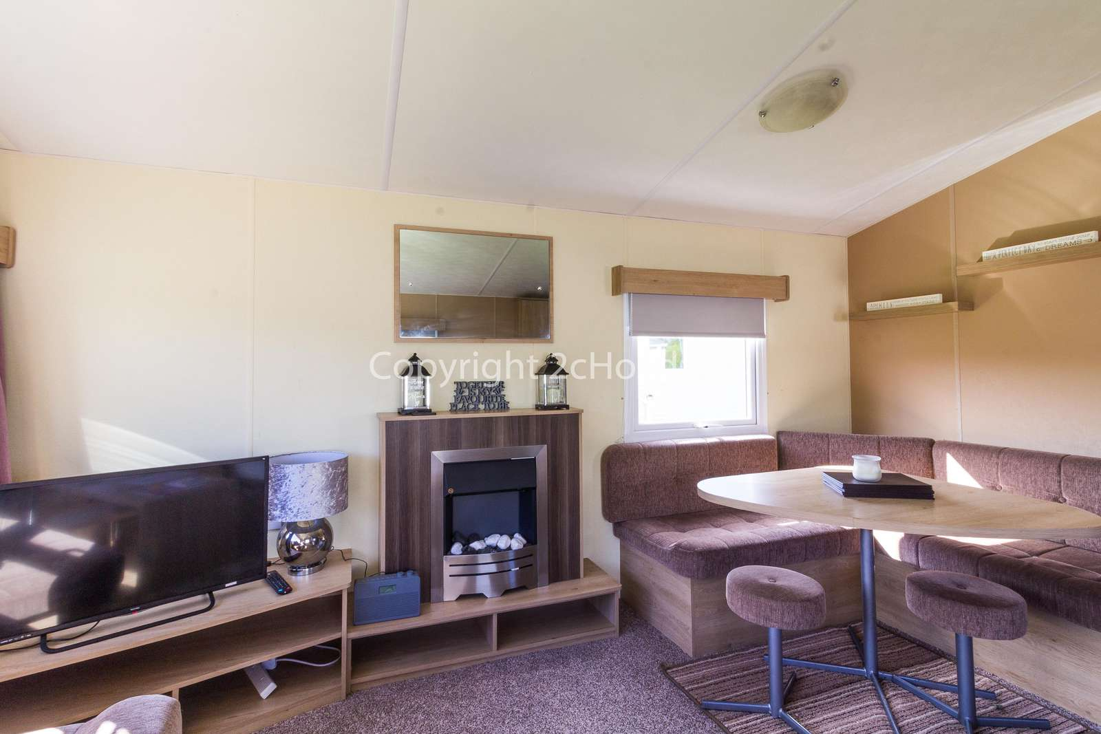 Close to on site amenities and a short drive to the lovely seaside town of Skegness.
