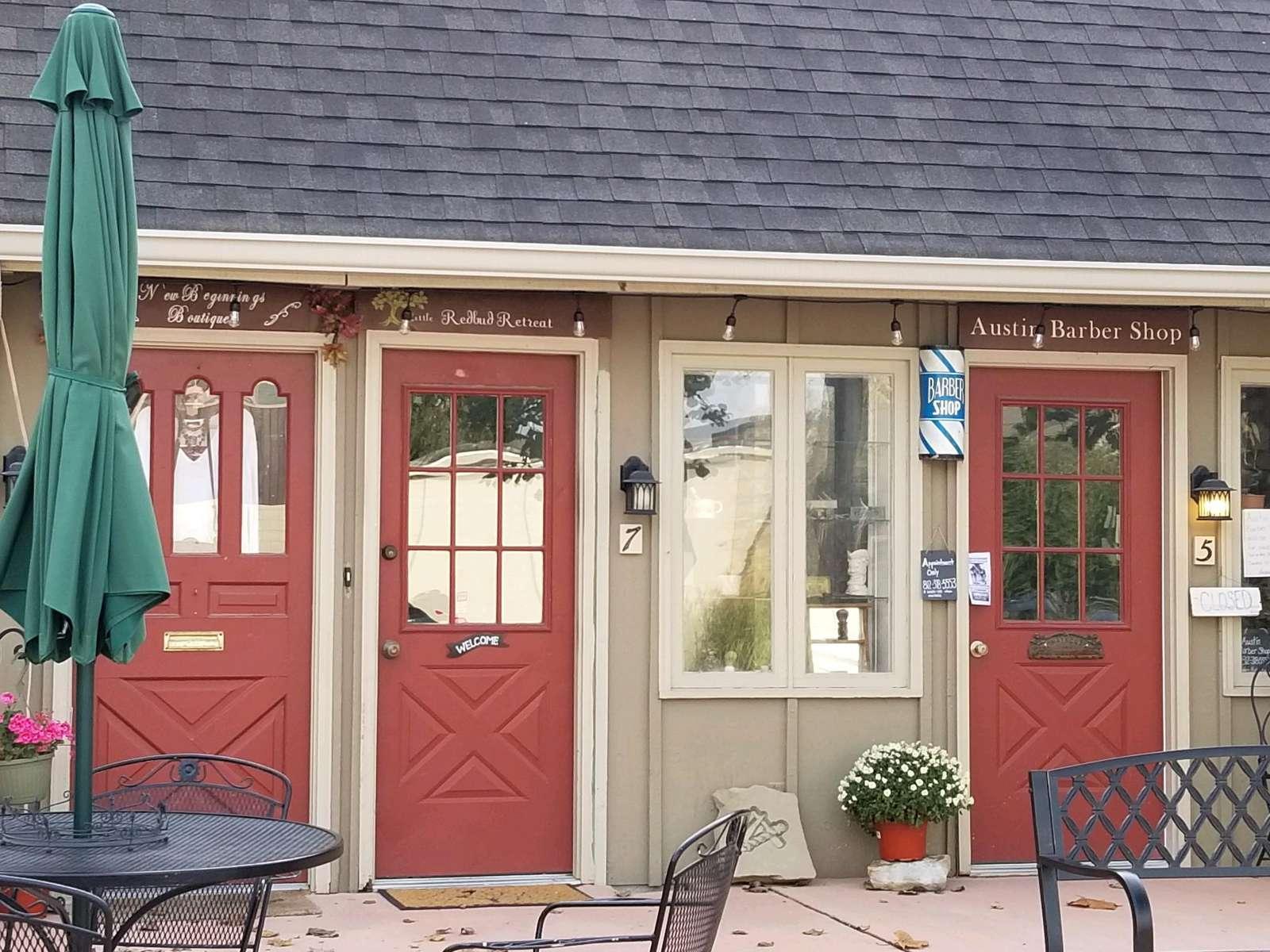 Redbud Retreat Suite - property