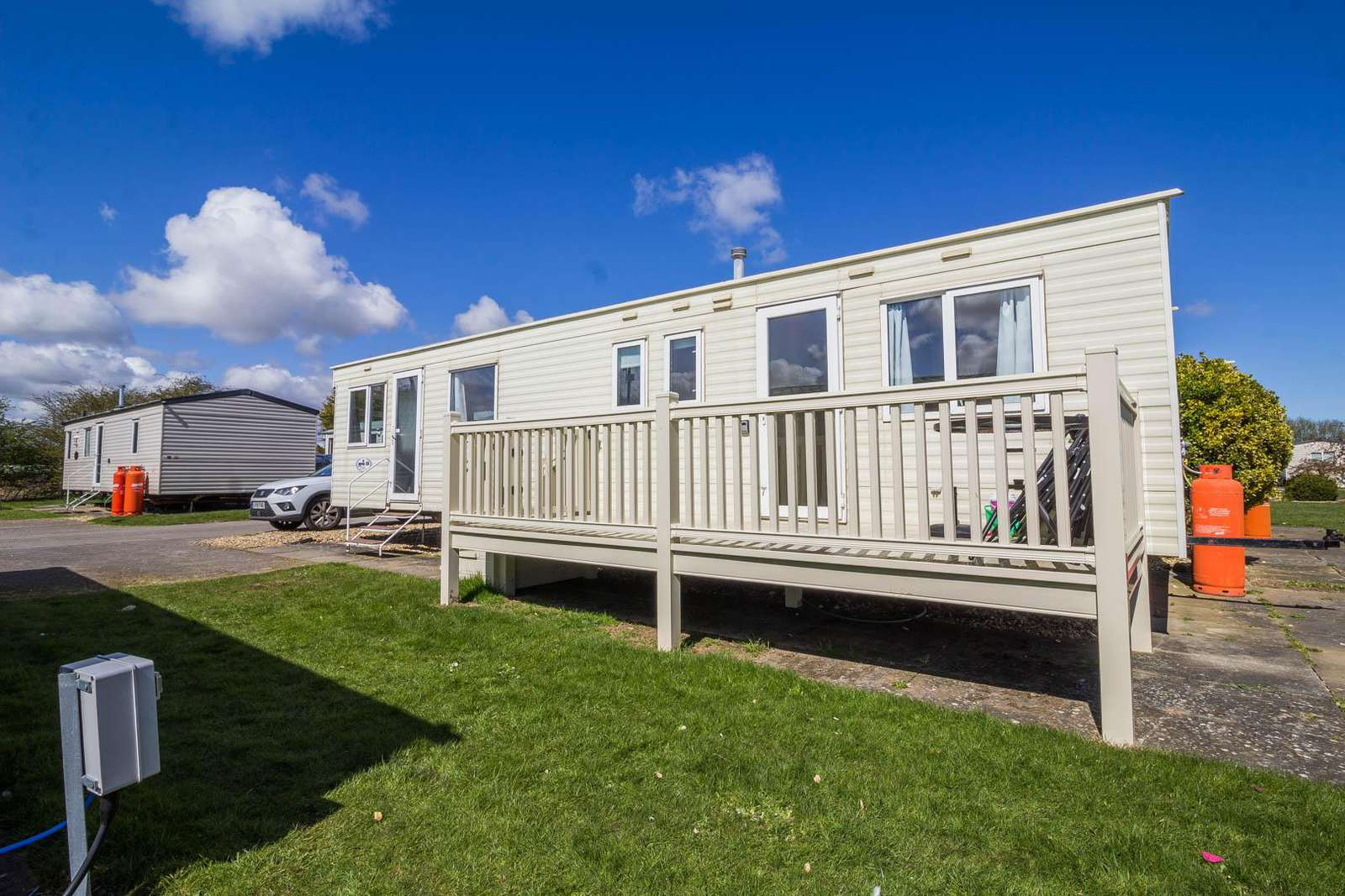 33015B – The Beeches area, 3 bed, 8 berth caravan with decking. Emerald rated. - property