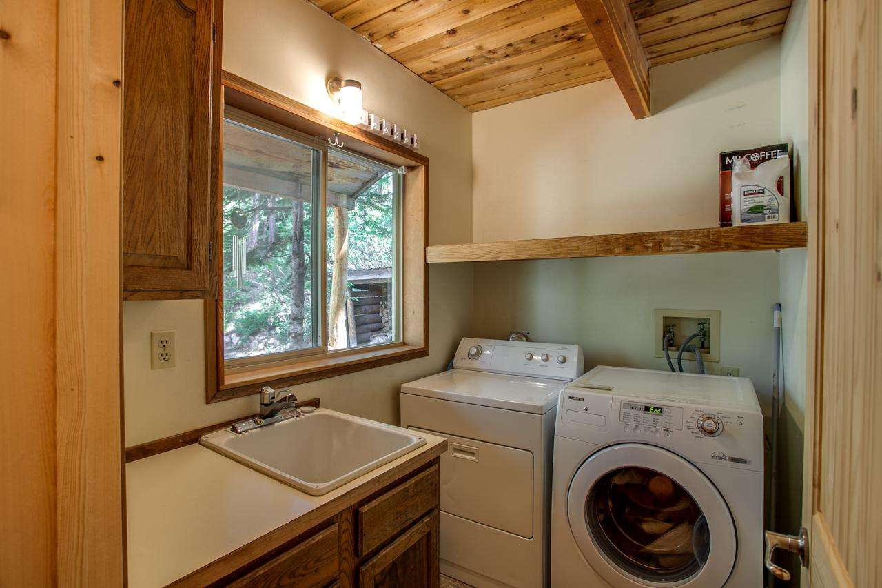 Full size Washer & Dryer with detergent