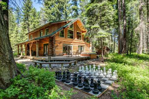 Oma Lodge: *Spacious Log Home *Hot Tub *Game Room