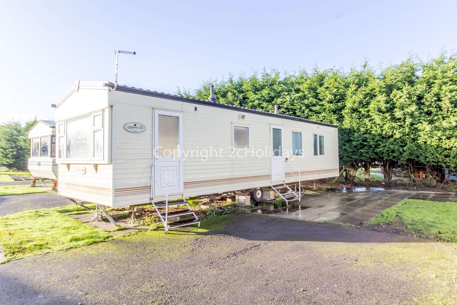 Great amenities including amazing swimming facilities and amusements. - property