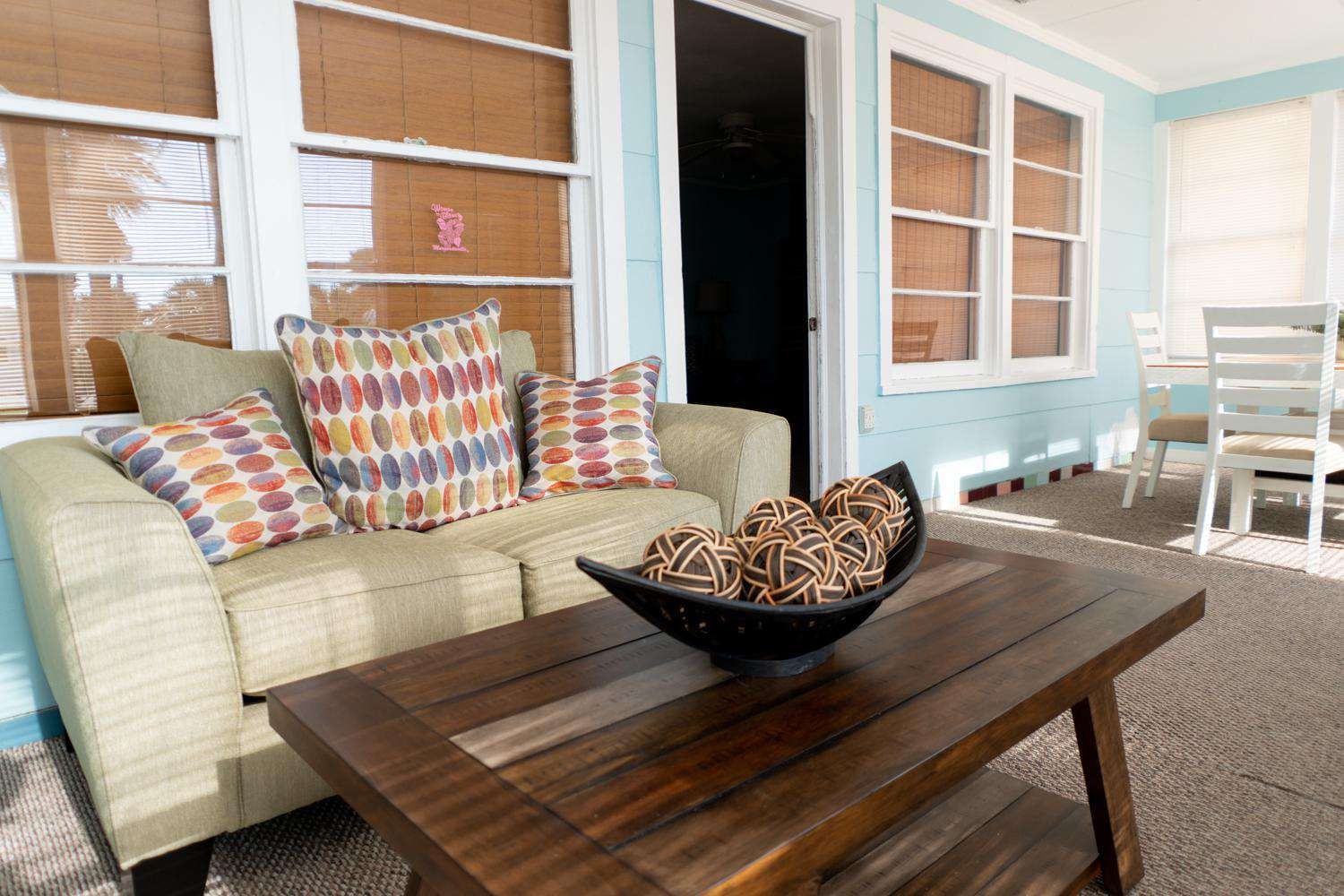 Front Beach Road Cottage - property