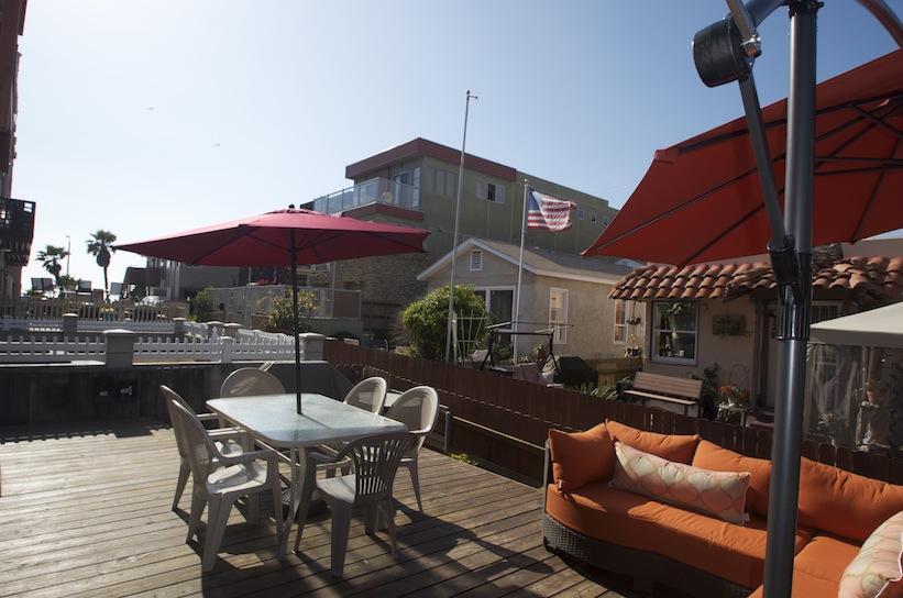 Ocean Level Deck w/ Outdoor Dining Area