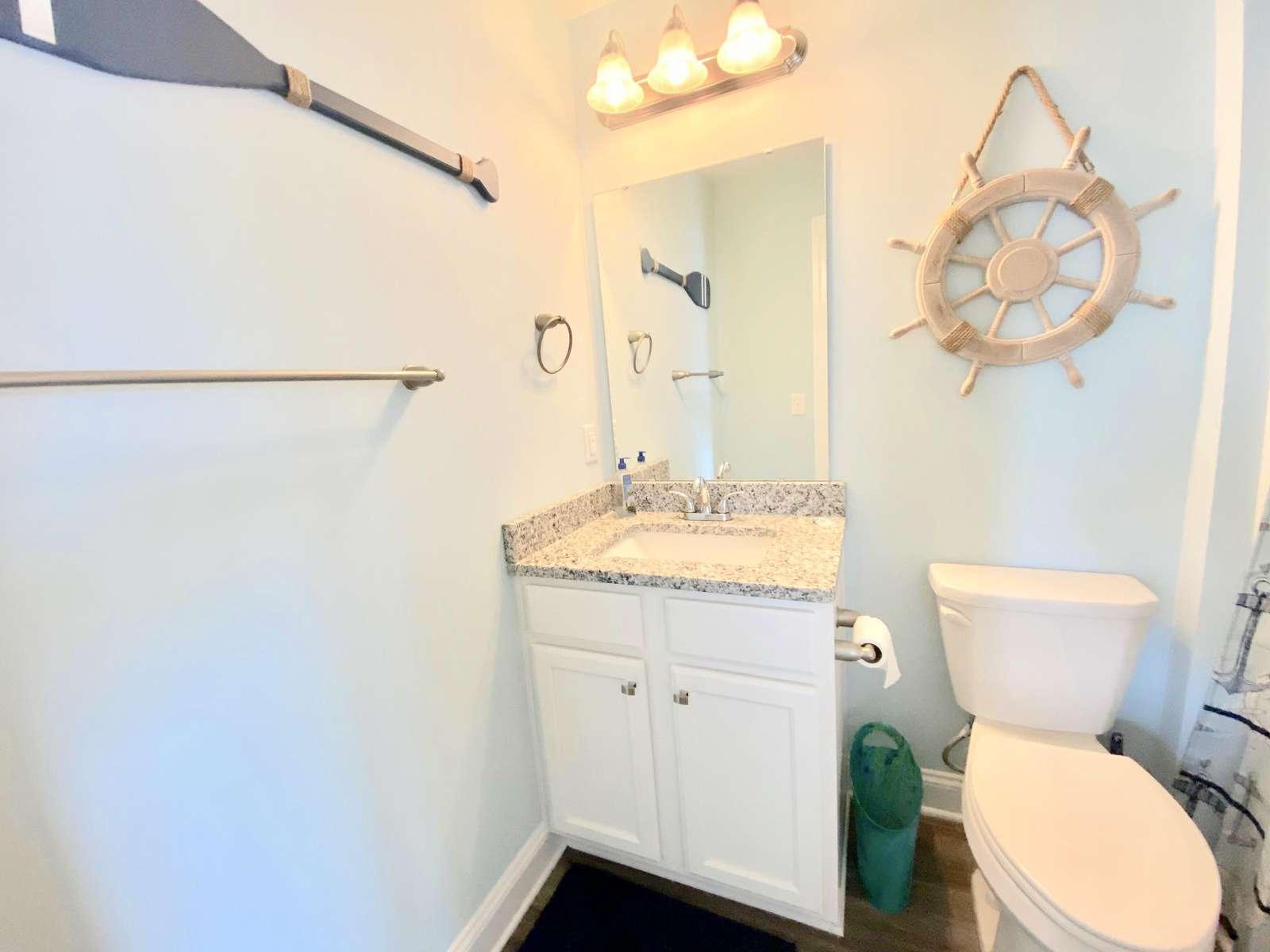 Guest bath, granite top