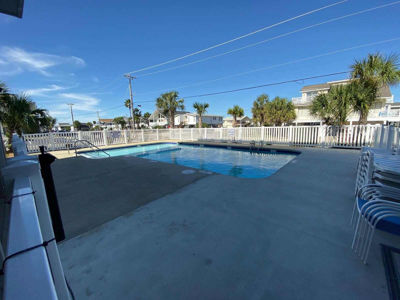 Pool and grilling areas, free parking, wifi, cable