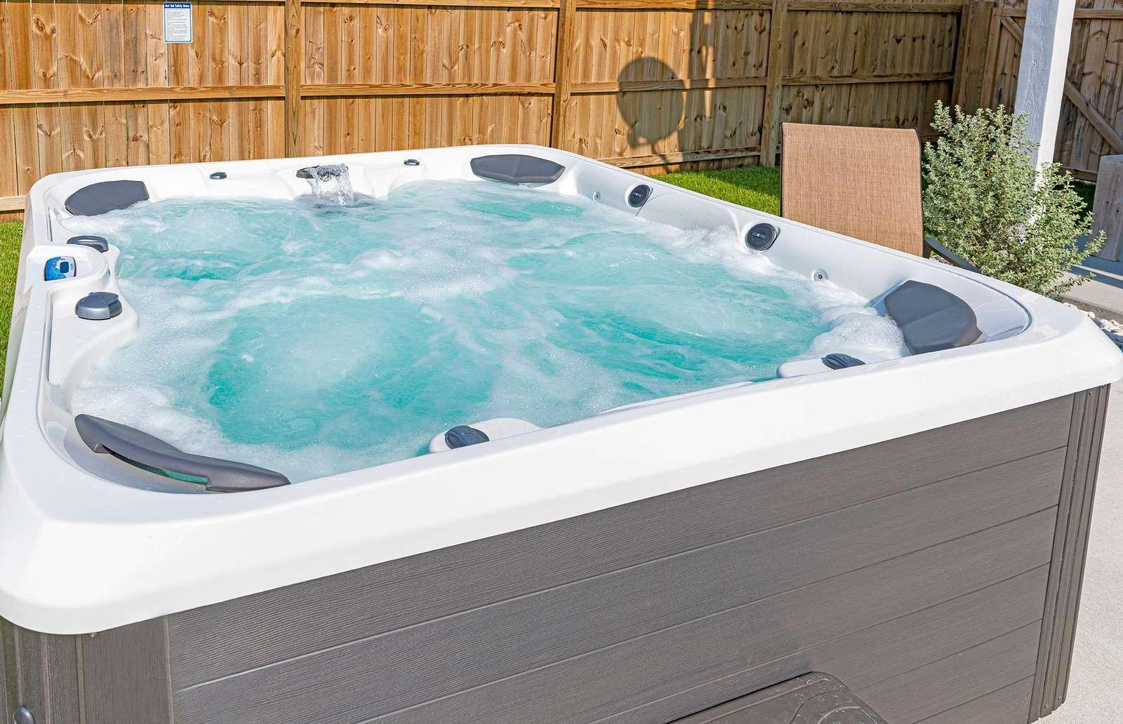 Spacious 7 person private hot tub!
