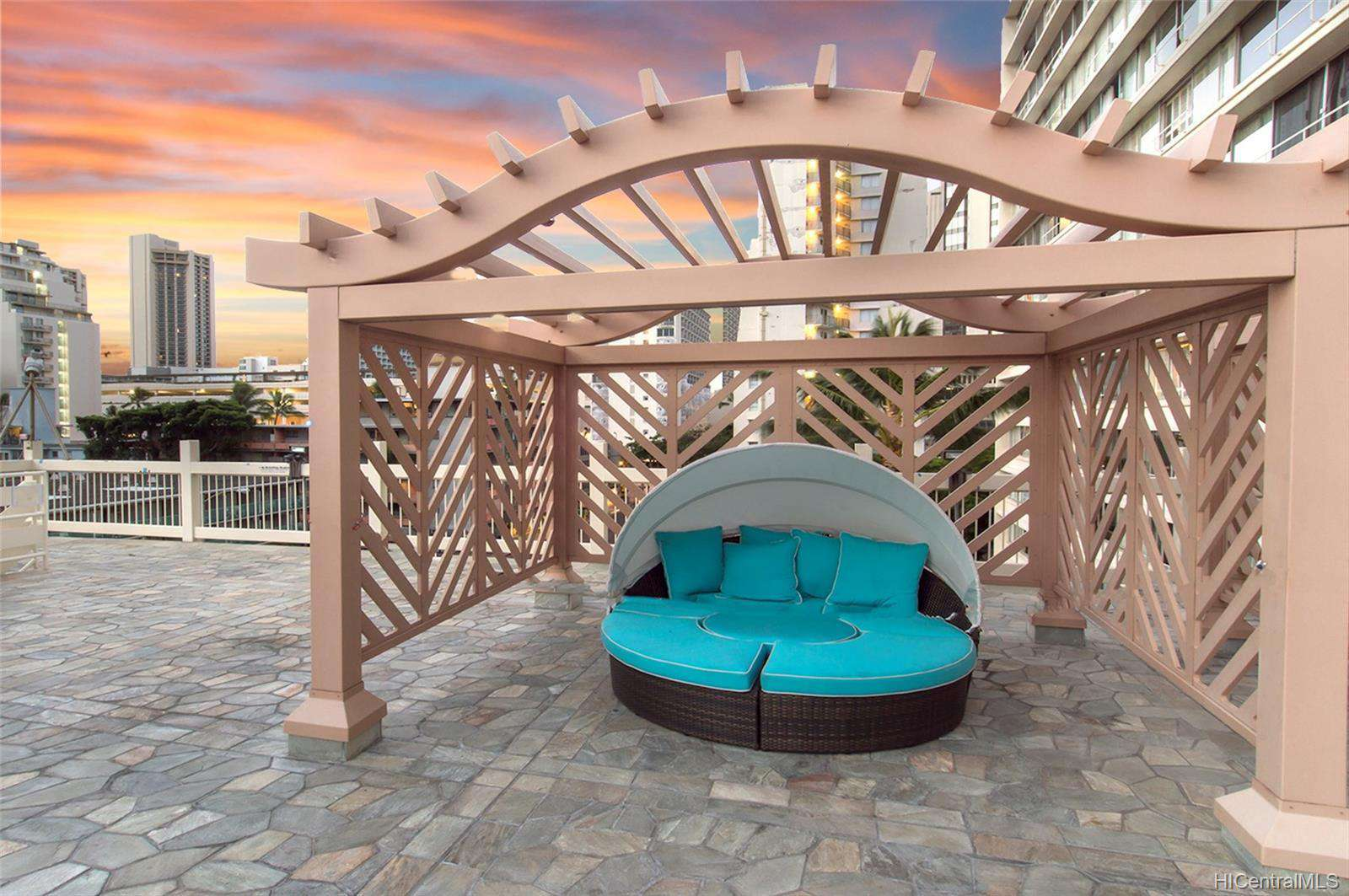 Cabana on 6th Floor Sundeck