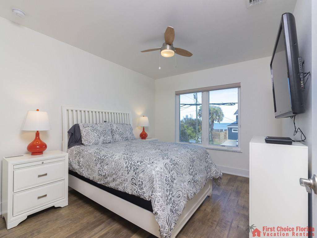 All Ashore North Bedroom with Nightstands and TV