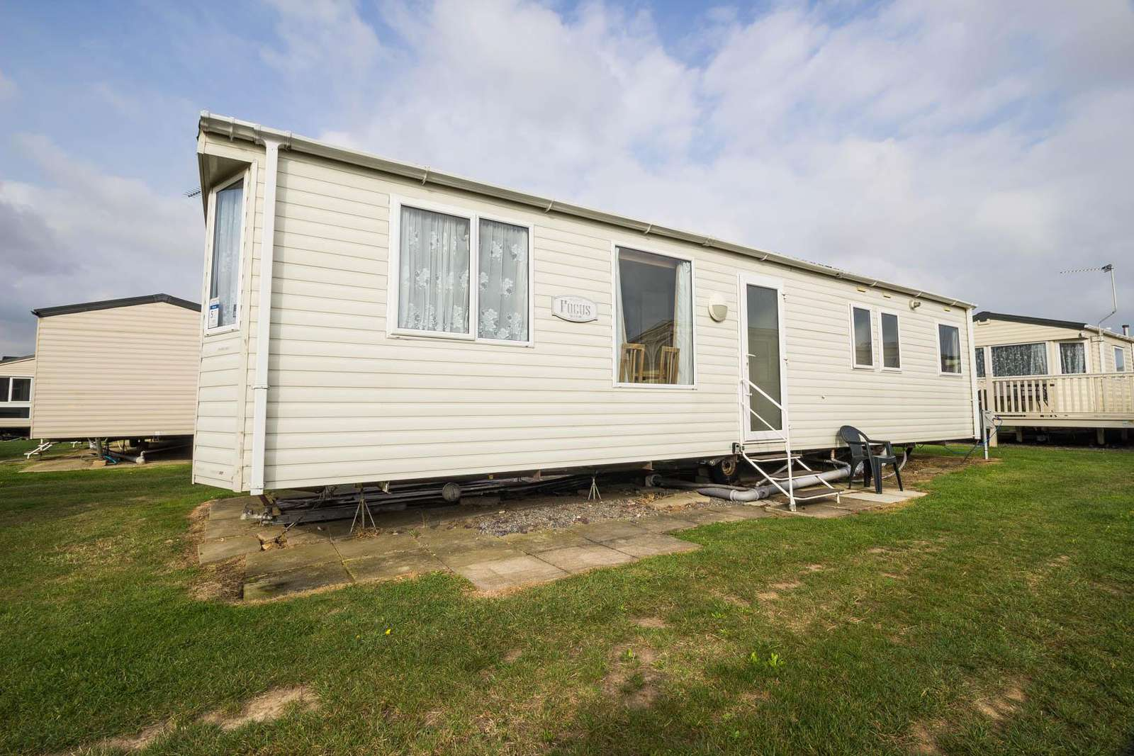 50052G – Grouse area, 3 bed, 8 berth caravan with D/G & C/H. Ruby rated. - property