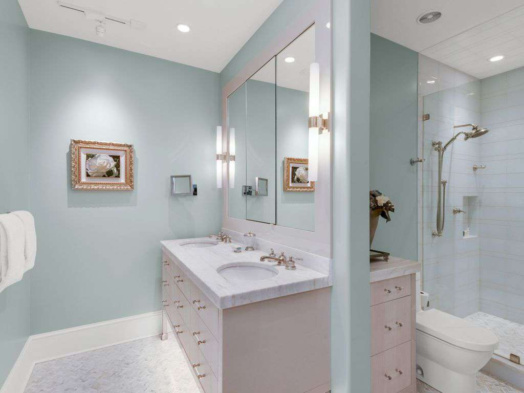 Master ensuite with  double sinks and larger walk-in shower