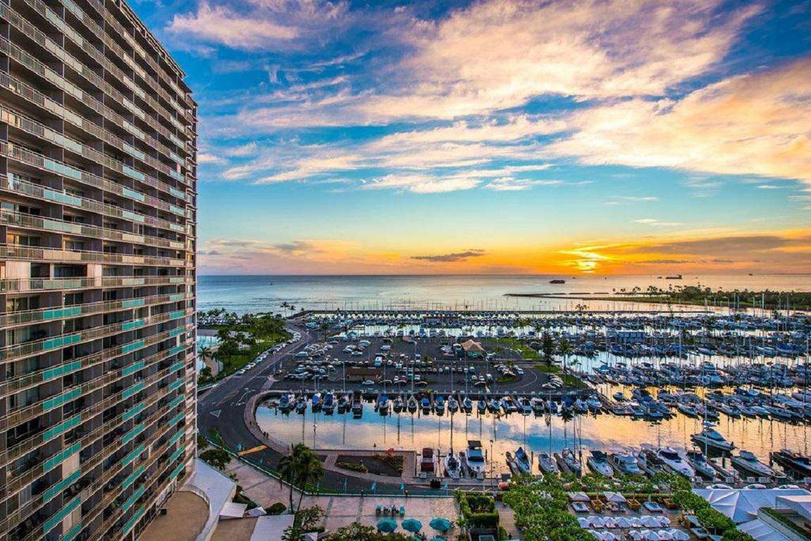 Ilikai 727 - Awesome Sunset & Ocean View Suite