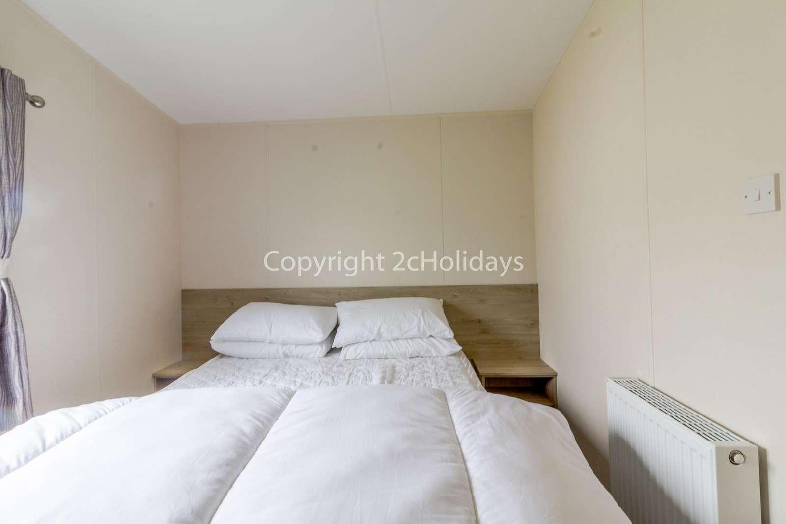 This master bedroom has an en-suite!