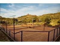 Clay tennis courts at Mar Vista thumb