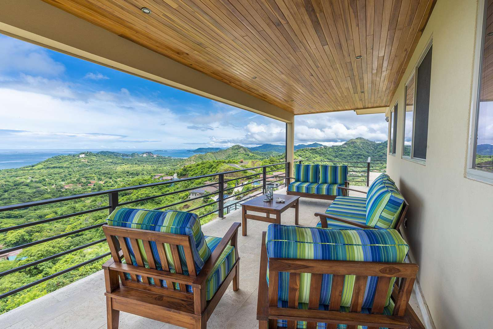 2nd level terrace, incredible ocean, mountain and valley views