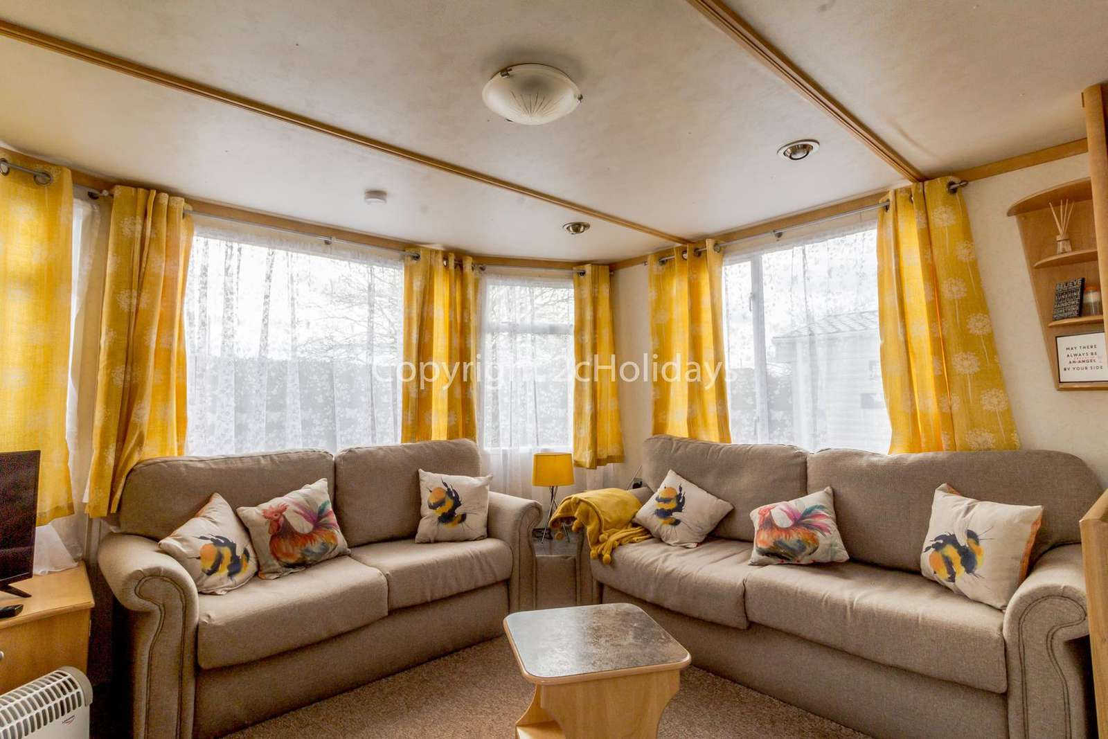 Homely lounge, ideal for families!
