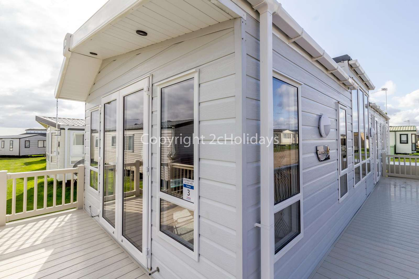 Stunning caravan with a great amount of gated decking!