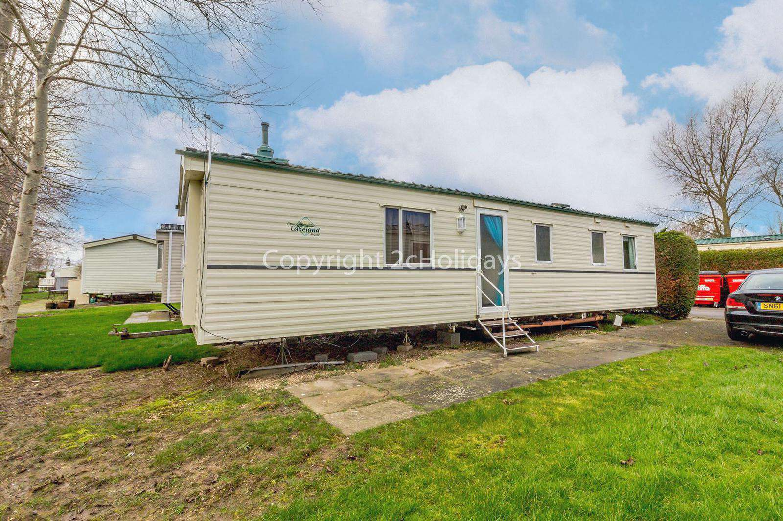 Homely caravan on a wonderful family park - property