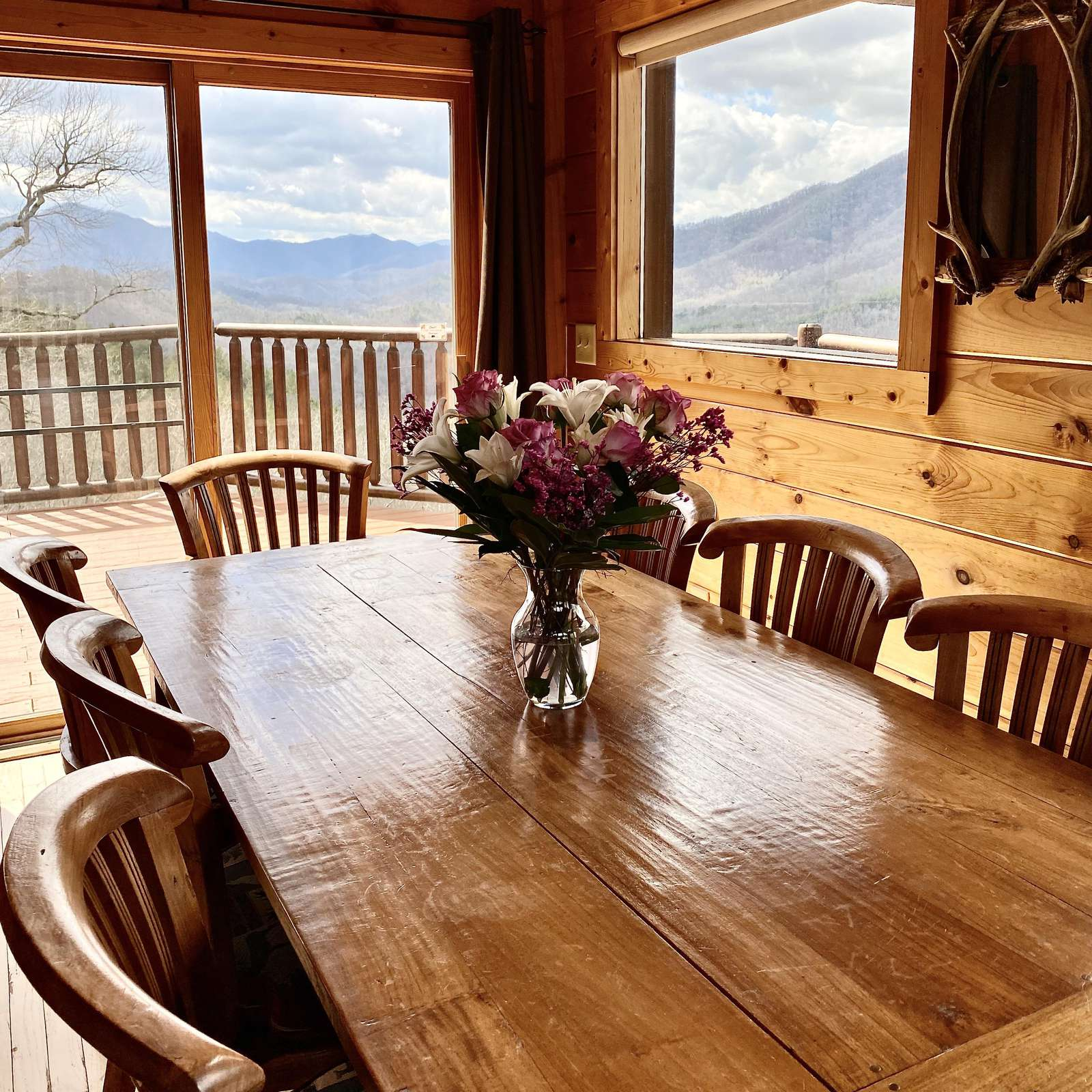 """Dining is """"View-licious""""!"""