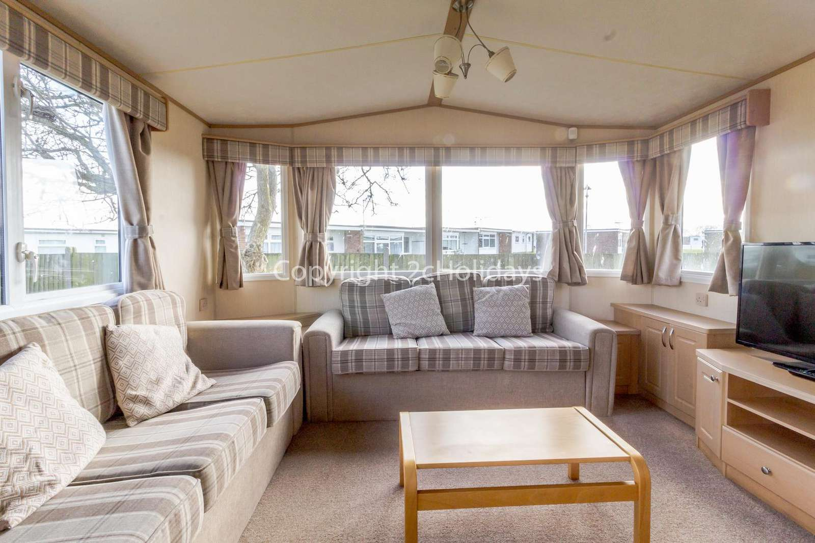 50006B – Bittern area, 3 bed, 8 berth caravan with C/H and D/G. Ruby rated. - property