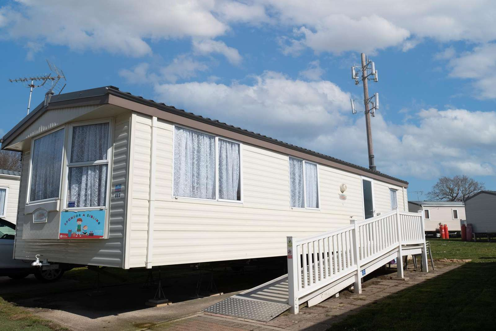 26680P – Poplars area, 2 bed, 6 berth wheelchair friendly caravan. Emerald rated. - property
