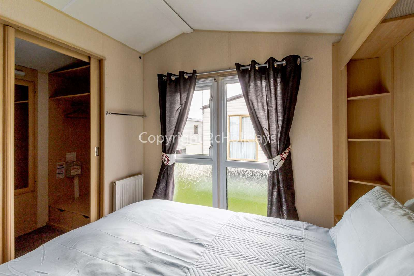Master bedroom with an en-suite!