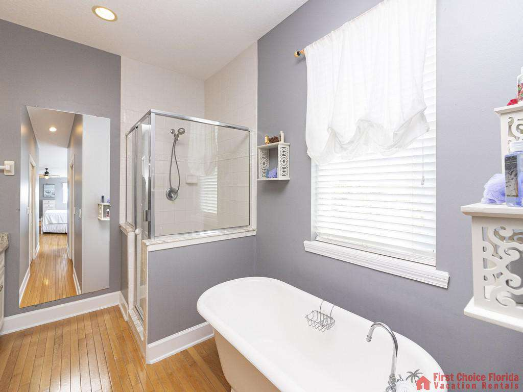 Lighthouse Watch Second Floor Master Bathroom