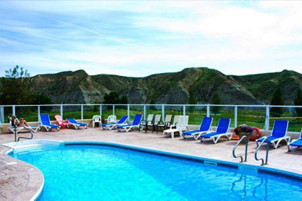 Free access to Resort pool, hotub, fitness center and discounts on golf and restaurant.