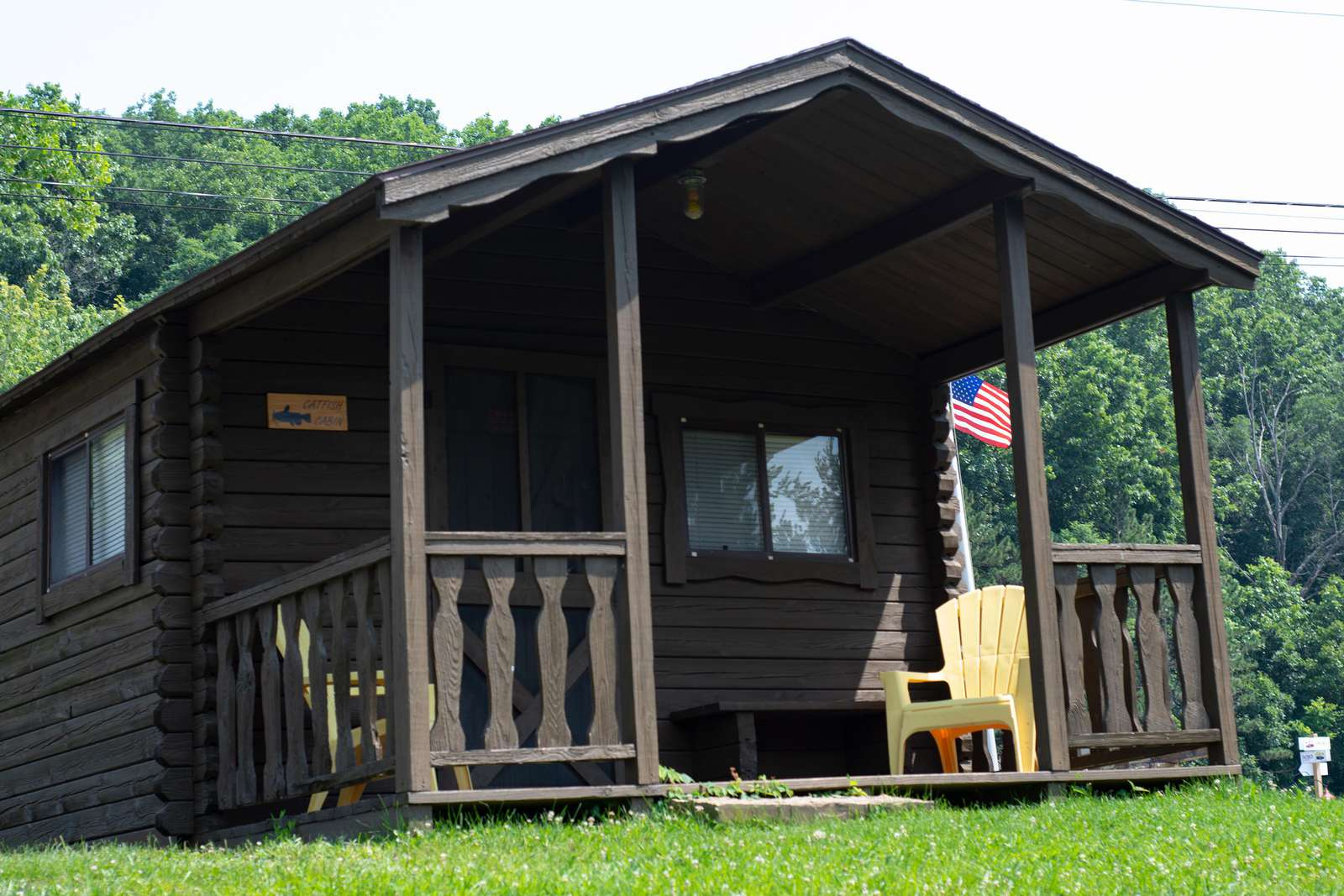 Cabin #3 (window air/double/2 singles) - property