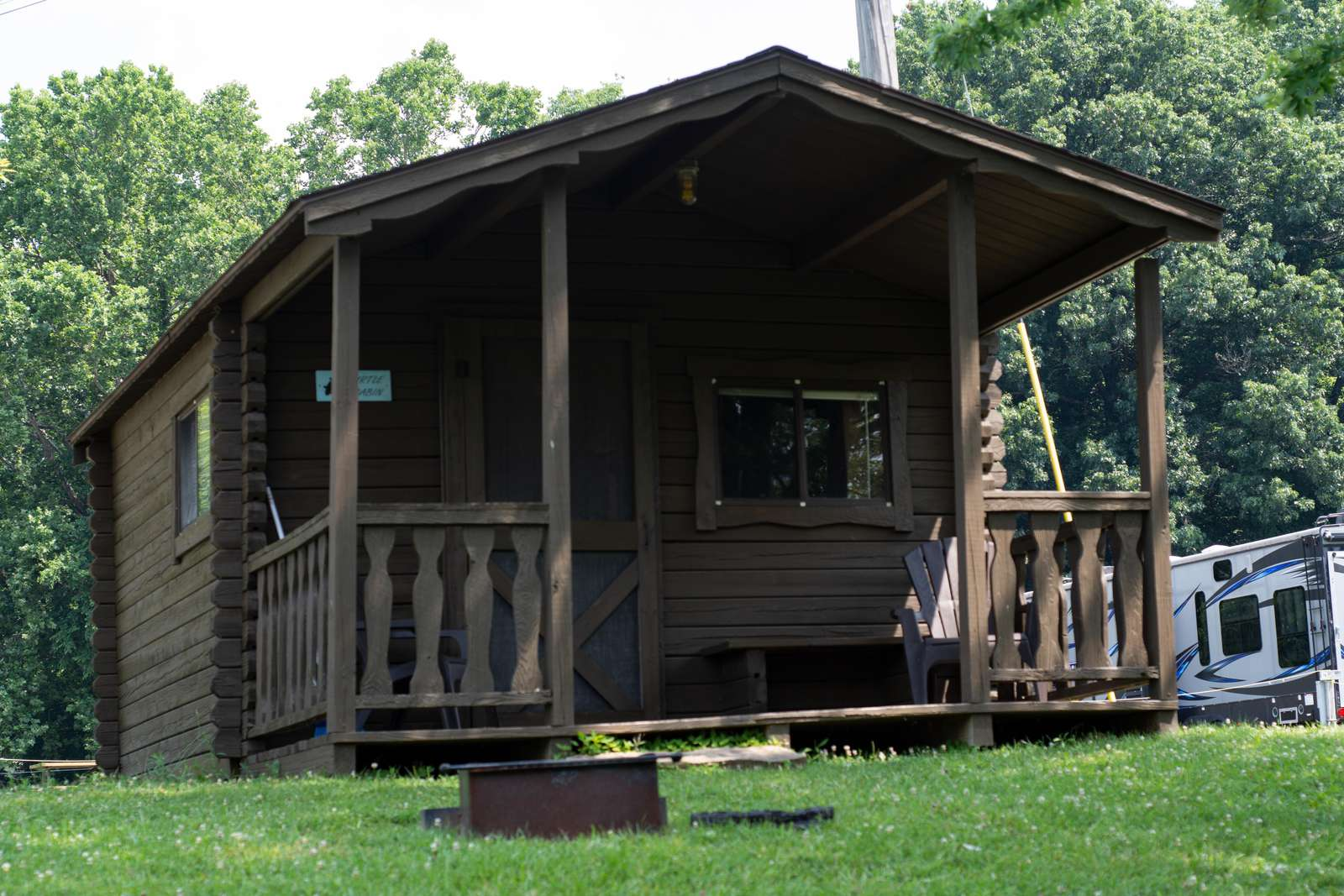 Cabin #5 (window air/double/2 singles) - property