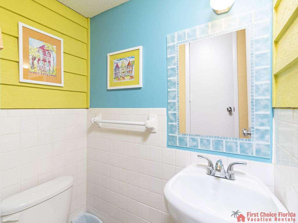 Coastal Cottage B - First floor half bath