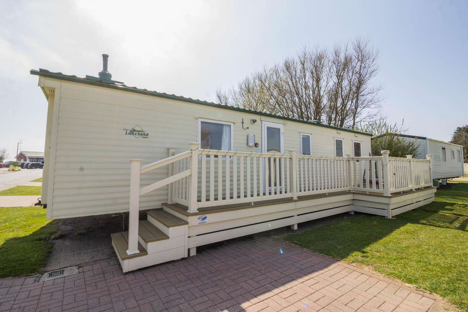 41350NF – North Field area, 3 bed, 8 berth caravan close park amenities. Ruby rated. - property