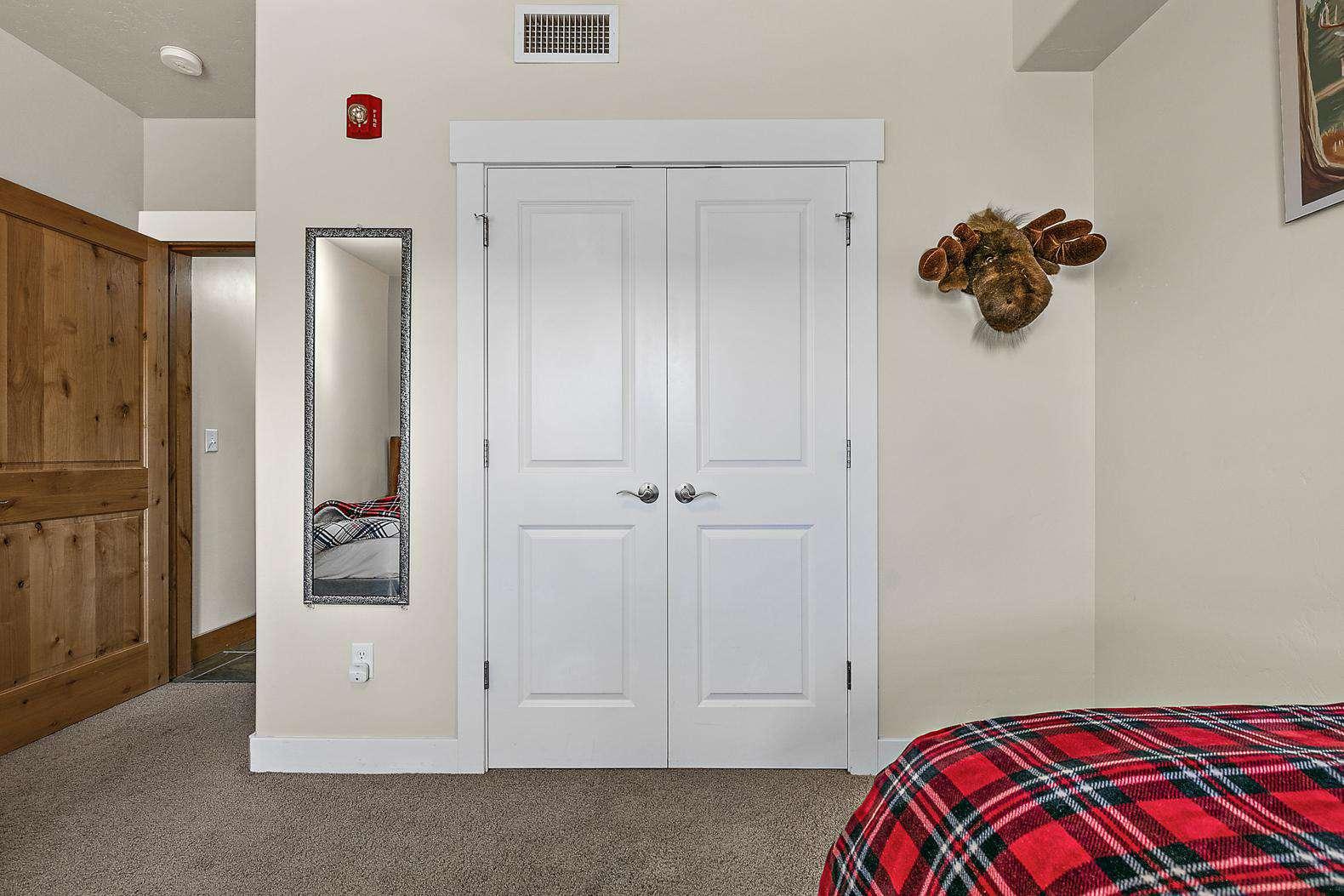 Twin bedroom closet