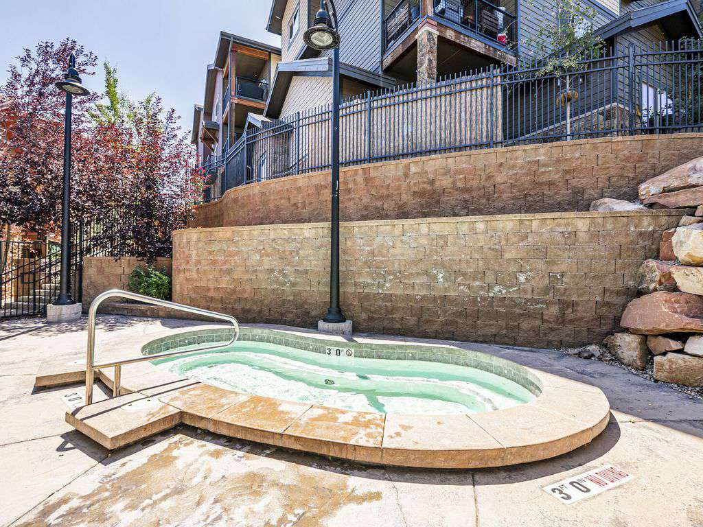 Second Hot tub near condo apart from clubhouse