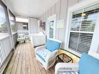 Second Screened Porch - Bed and Lounge Chairs thumb