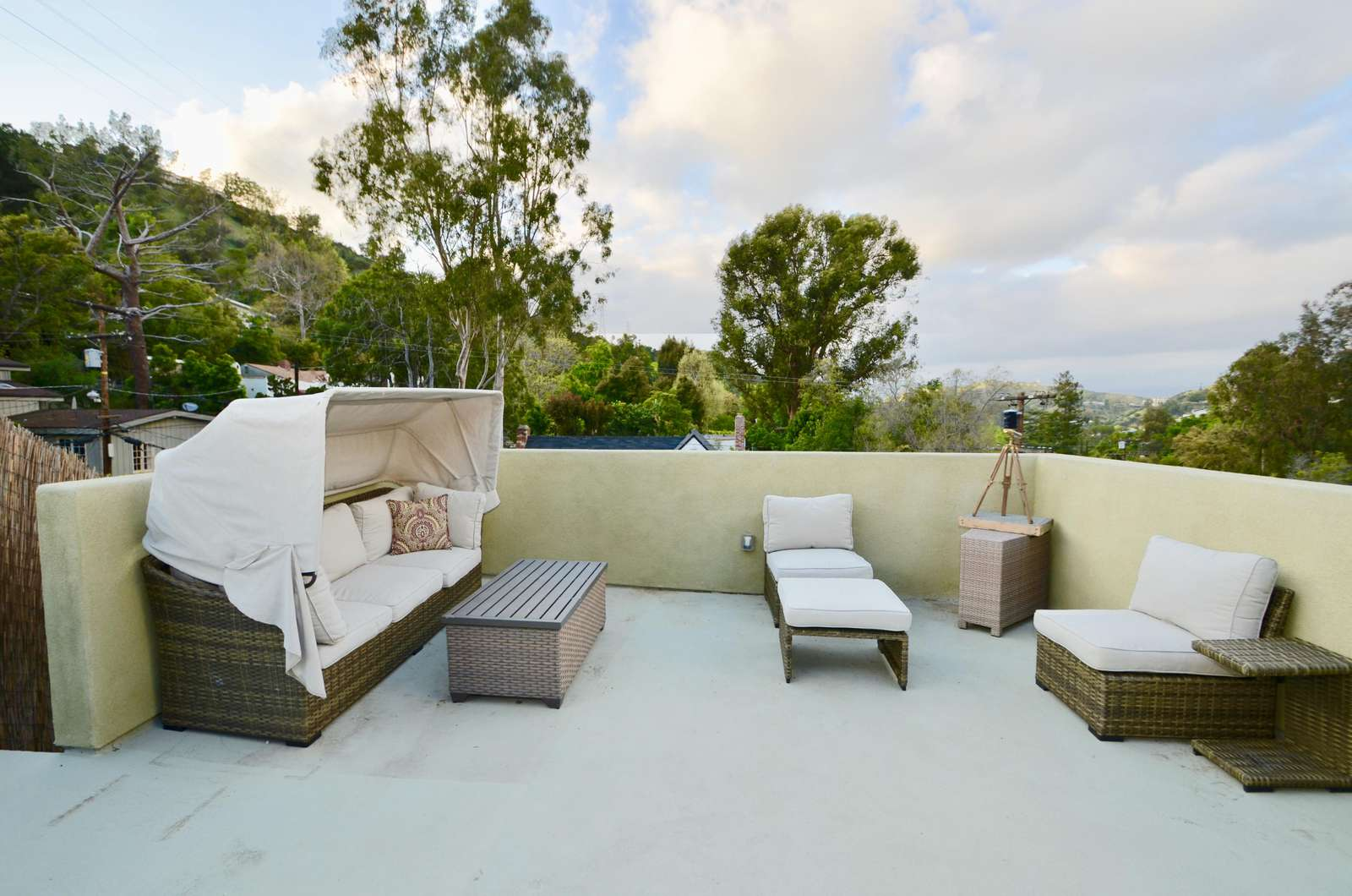 #363 Gorgeous 3 BR House in Hollywood Hills