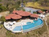Community Ocean View Pool, On site restaurant Gracia thumb