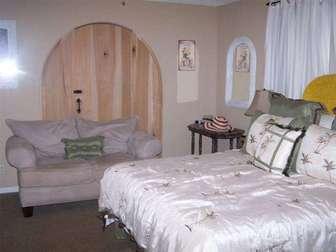 Master Bedroom thumb