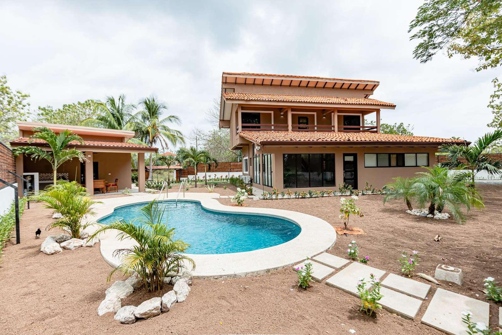 Pool- Main Hose- Dechated Apartment