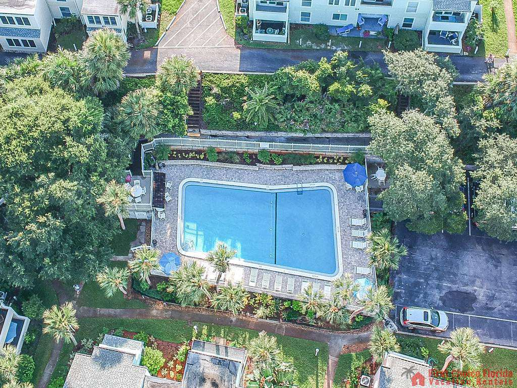 Quail Hollow B5 Swimming Pool