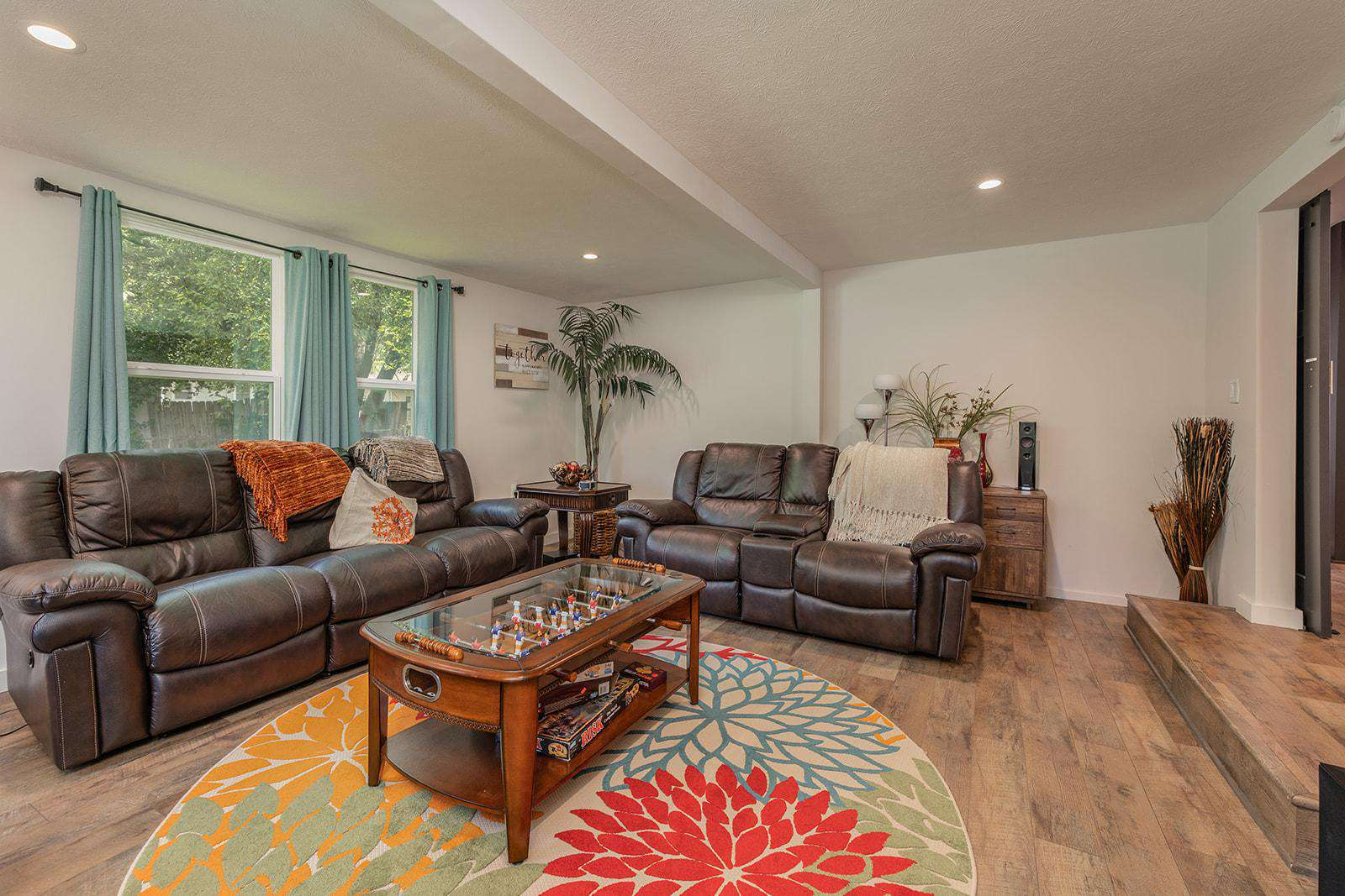 Entertainment room seating. Electric reclining...so nice! - property