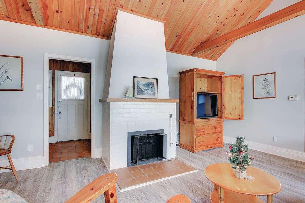 cottage room pic