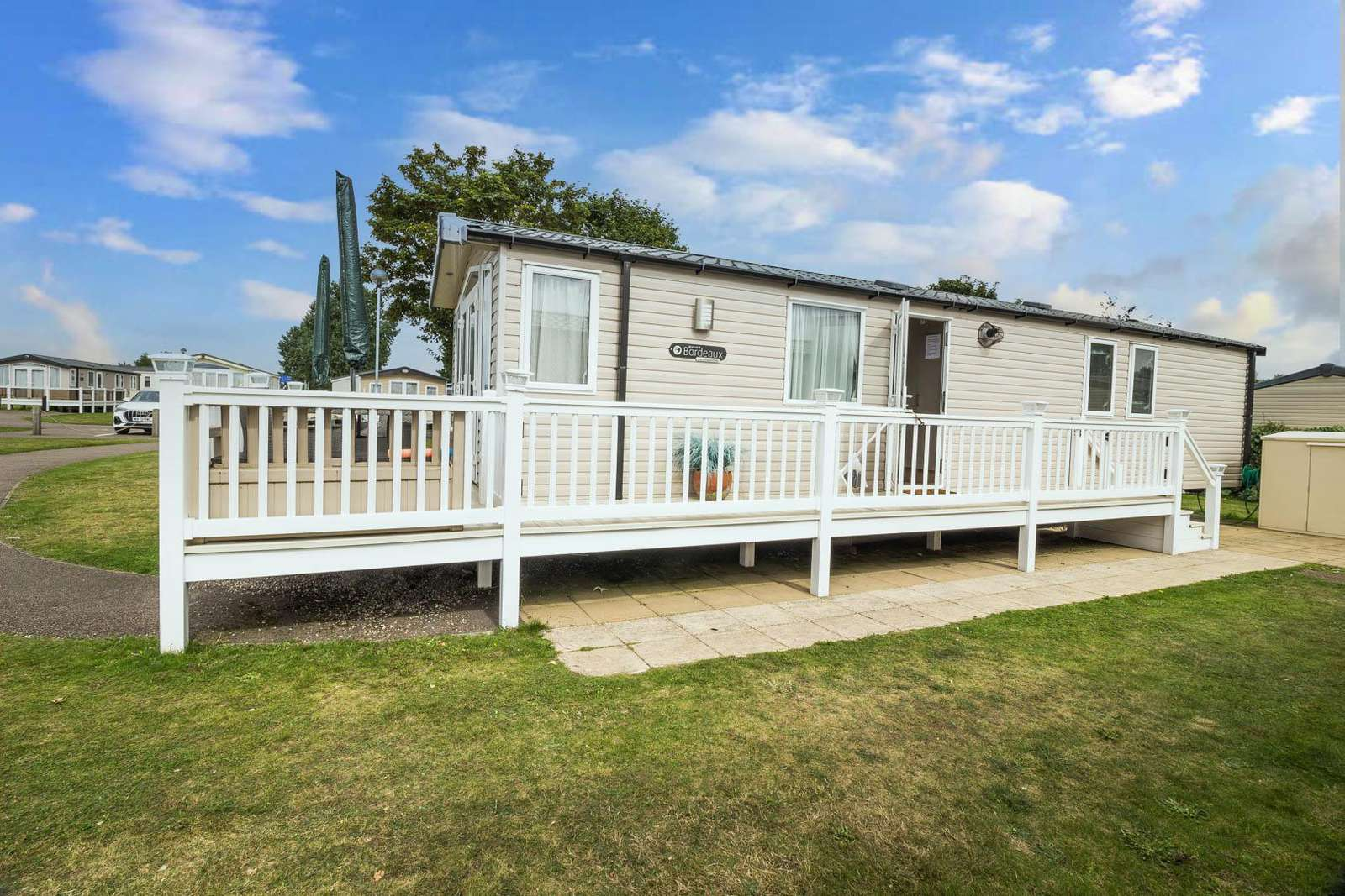 22039C – Clipper area, 3 bed, 8 berth caravan with decking. Diamond-Plus rated. - property