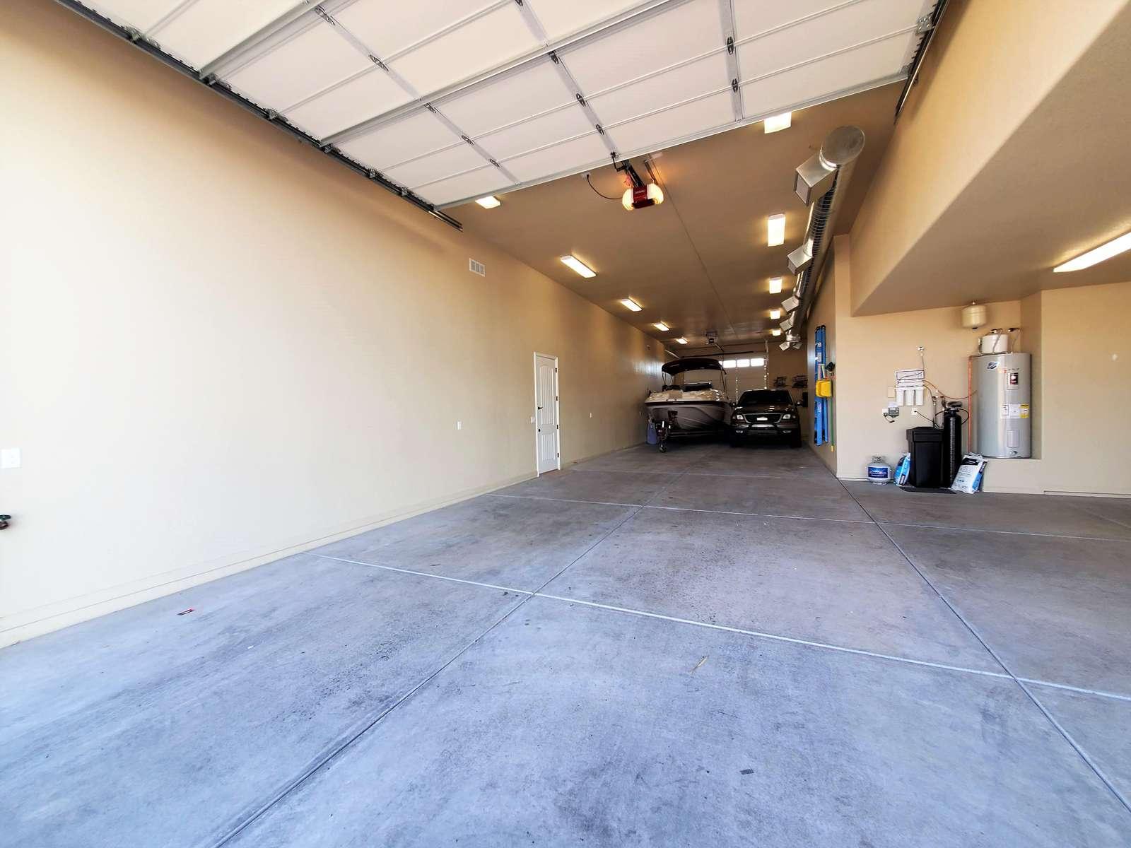 RV Garage 13' Door