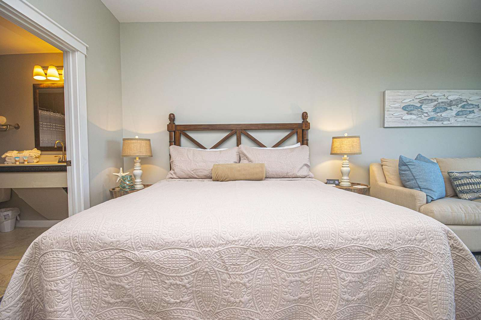 King size bed with provided linen!
