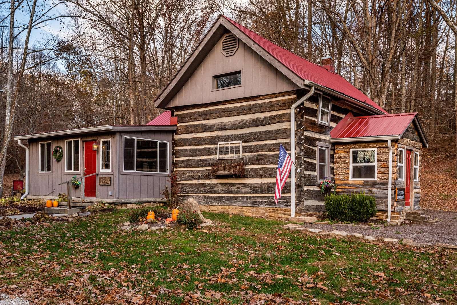 Bella Woods Log Cabin - property